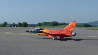 DUTCH GENERAL DYNAMICS F-16 FIGHTING FALCON GIANT RC TURBINE MODEL JET