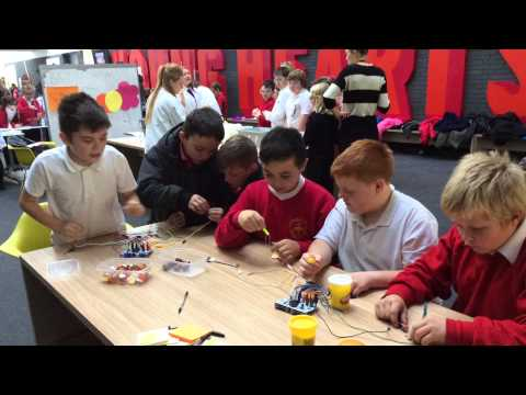 Big Bang Science at The Kingswood Academy in Hull. Peer to Peer learning through Computing and STEM. - 10/21/2014