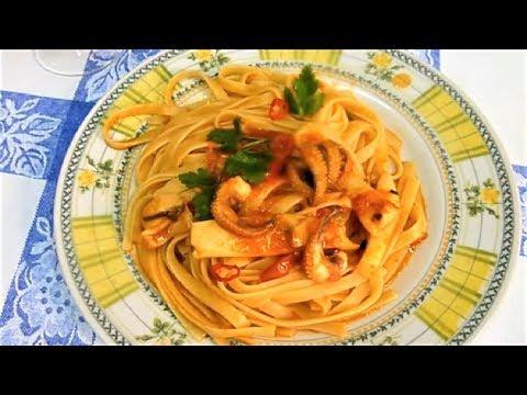 Как приготовить лапшу с томатным соусом и каракатицы  Паста Италии