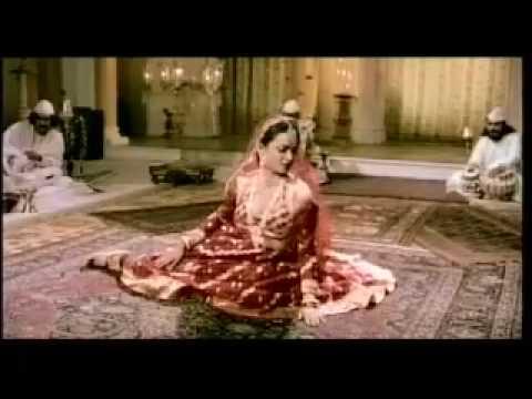 Amitabh Bachchan meets Rekha