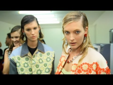 Prada Spring 2012 Backstage Pat McGrath, Arizona Muse |  MODTV