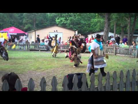 2011 Tuscarora Nation of North Carolina Pow Wow.MP4