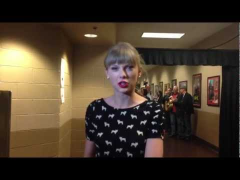 2013 ACM Awards Fan Rehearsal Question - Taylor Swift