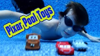 Disney Cars Toys Pool Fun with Mater Finn McMissile and Lightning McQueen