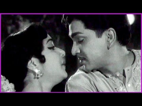 Pagadala Jabili Choodu - Classical Song Between ANR & Jamuna...