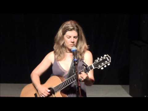 Dar Williams - I Have Been Around The World