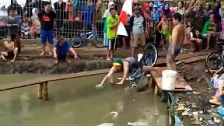 Đạp Xe Qua Cầu Siêu Nhỏ - Nhạc Thiếu Nhi Vui Nhộn - Cá Vàng Bơi