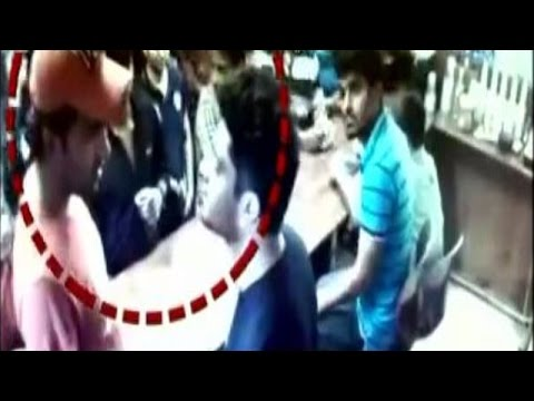 Youth Beats Up Restaurant Owner In Noida | Caught On Camera