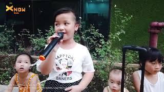 Bé Quỳnh 6 Tuổi Hát Mưa Chiều Miền Trung Siêu Dễ Thương - X Now Kids