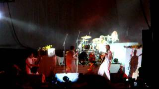 Faith No More - Digging The Grave (Maquinaria Festival 2011)