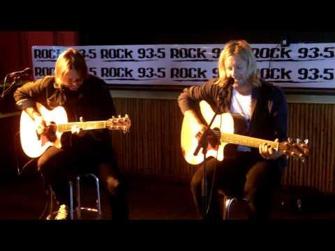 """Rock 93.5 FM Presents SWITCHFOOT LIVE ACOUSTIC """"Dark Horses"""""""