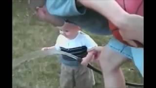 Приколы. Прикольное видео Смешное видео. Самое смешное видео в мире. Самые смешные приколы