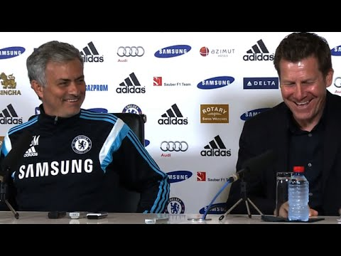 Jose Mourinho Plays Prank On Chelsea's Press Officer