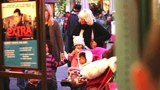 Heidi Klum And Seal Take The Kids To The Grove For Holiday Festivities [2010]