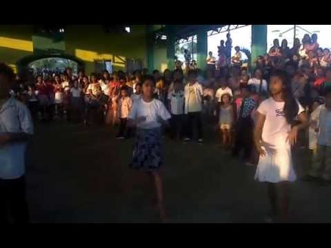 Sces 2014 Children's Festival-hoops Kiri Whoops Showdown By Grade-vi  Pupils video