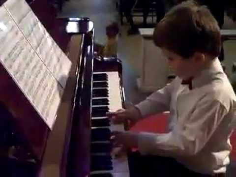 Niño prodigio del piano de 10 años - Michael Andreas Haeringer Tú si que vales 2012