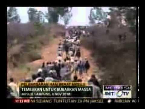 Video Amatir Aksi Pembantaian di Mesuji Lampung flv Low