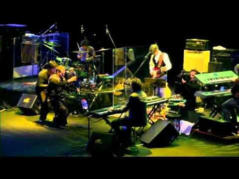 Thumbnail of video Spinetta y las Bandas Eternas (con Charly García) - 'Rezo por vos'