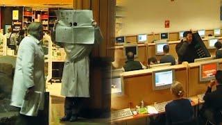Big Phone In Internet Cafe - Trigger Happy TV
