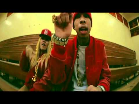Tyga - Heisman Part 2 (Ft. Honey Cocaine) [OFFICIAL VIDEO] -zkv83mxWlGM