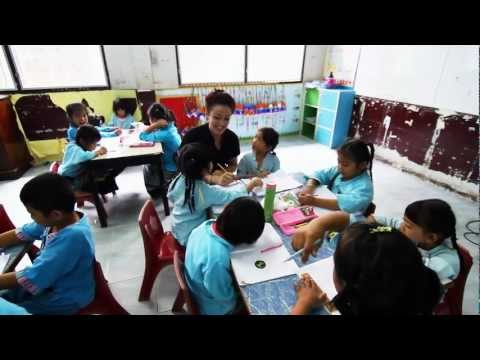 Presenting our English Education Volunteer Project in Chiang Mai and Surat Thani, Thailand.