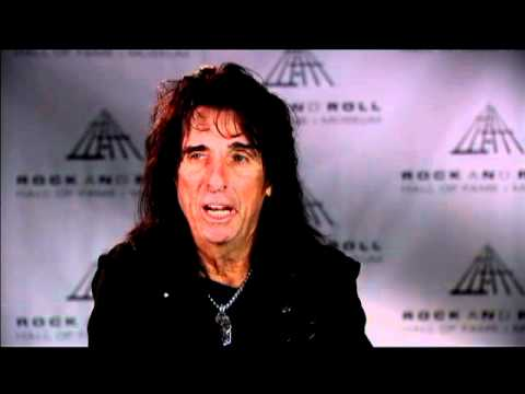 Alice Cooper on early reactions to his live shows at the 2011 Inductions