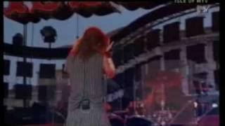 download lagu Garbage - Why Do You Love Me Trieste, 2005 gratis