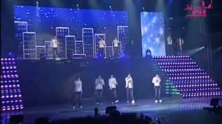 Watch Super Junior Mirror video
