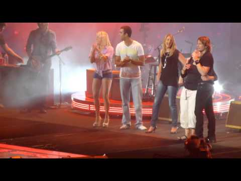 Keith Urban- Sing Off! Kiss a Girl Sydney 31/1/13