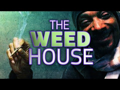 Snoop Dogg Admits To Smoking Marijuana In The White House