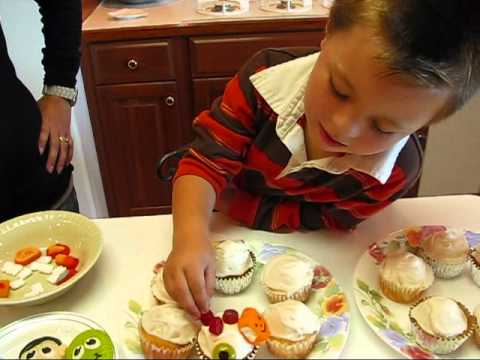 Betty's Daughter, Chelsea, and Grandson, Carter, Decorate Halloween Cupcakes