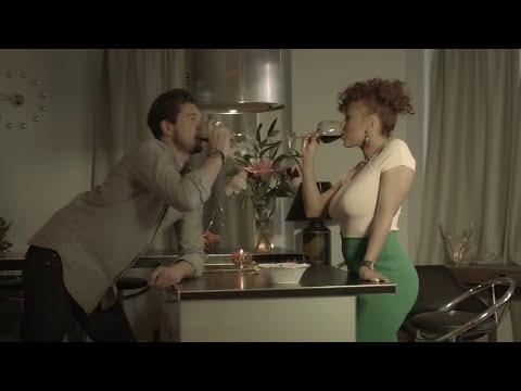 Image video clip officiel Nesly : TU ME MANQUES