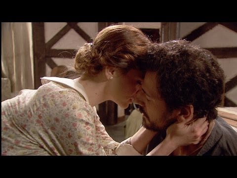 El secreto de Puente Viejo - Conrado y Alicia, a punto de besarse