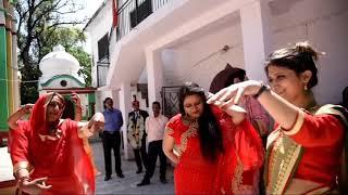 पहाडी गिद्धा /👍दूल्हा दुल्हन बी नाचने के बीना नही रह पाए👌 Bilaapur हिमाचल