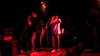 Watch Black Roses Cuarto Sombrio video