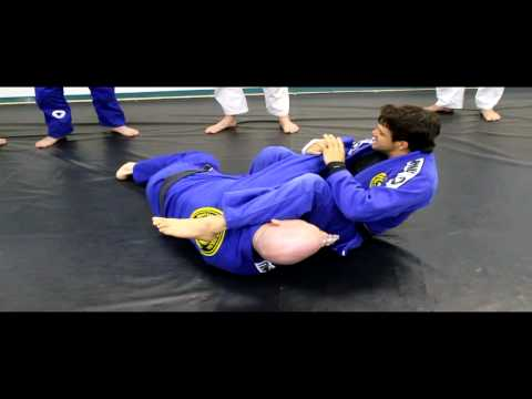 Knee on belly to arm bar with Robson Moura