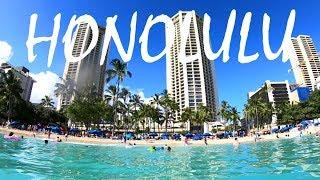 Exploring HONOLULU, HAWAII: Walking to Waikiki Beach