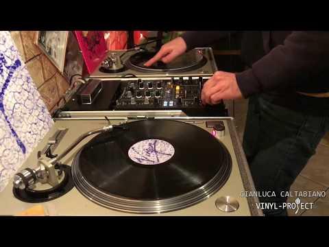 PIONEER DJM 450 EFFECTS WITH TECHNICS 1200 VINYL PROJECT Gianluca Caltabiano