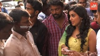 Ravi Teja's Nela Ticket Movie Heroine Selling Tickets at Sandhya Theater