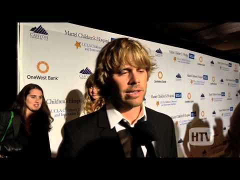 Eric Christian Olsen Soon To Be Dad On The Red Carpet.