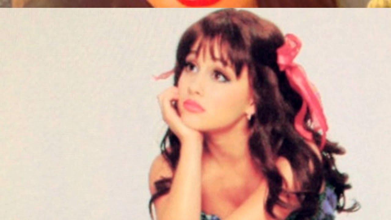 Ariana Grande Gleam Body Photoshoot November Youtube