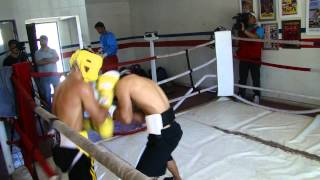 Sesion de Sparrings Tornado Sanchez vs. Gallito Estrada.MP4