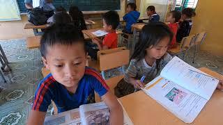 Phát Quà Từ Thiện Cho Học Sinh Tập 2 Phát Điểm Trường ✓ Poòng Văn Quỳnh