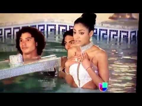 Nabila Tapia en el reto de la pasarela acuática. Nuestra belleza latina 2014.