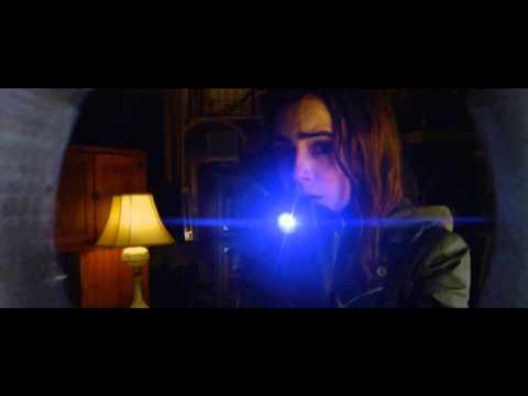 Cazadores de Sombras | Ciudad de Hueso (Trailer Español Latino)