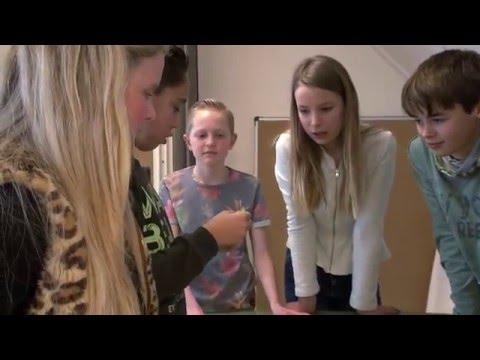 【動画】男子の前で女子がコンドーム装着実演、とある小学校の性教育が凄い…