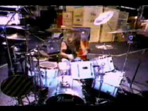 Skid Row - Slave To The Grind OFFICIAL VIDEO