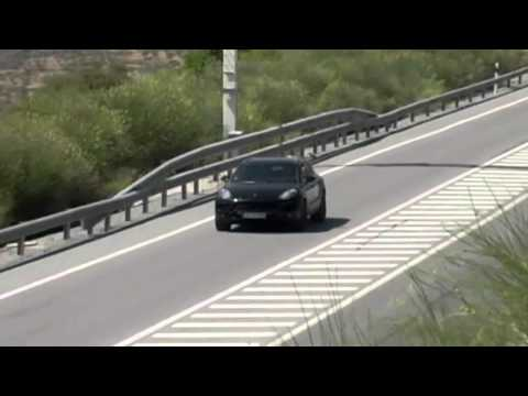 2014 Porsche Macan spied testing again