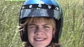 Watch Menudo Subete A Mi Moto video
