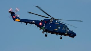 Emergency Landing at sea - Lynx Helicopter